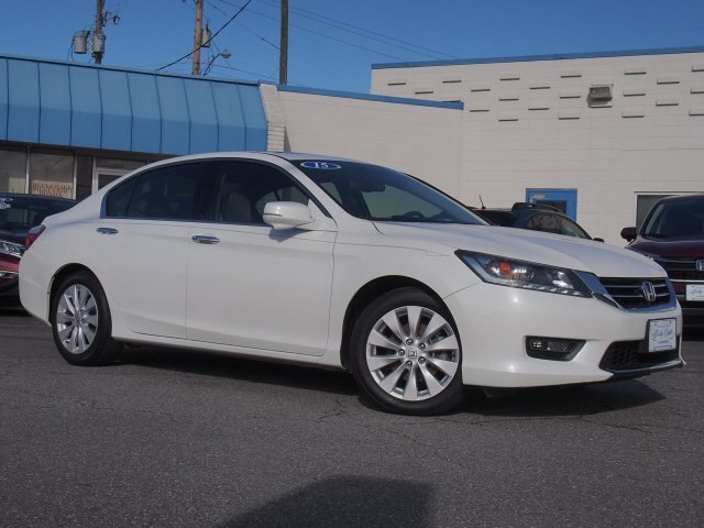 Pre-Owned 2015 Honda Accord EX-L V-6