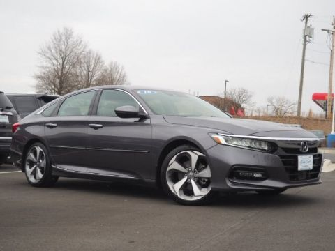 Pre-Owned 2018 Honda Accord Touring With Navigation