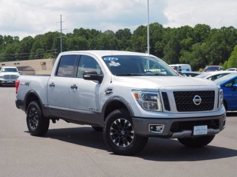 Pre-Owned 2017 Nissan Titan PRO-4X