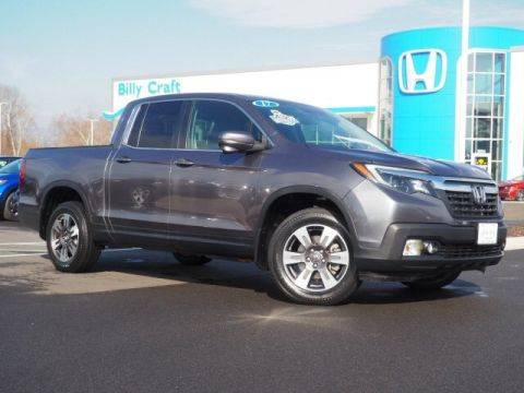 Pre-Owned 2017 Honda Ridgeline RTL-T With Navigation & AWD